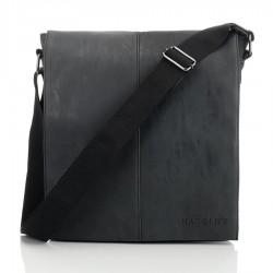 Czarna torba listonoszka...